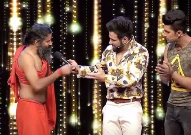 Fun with Baba Ramdev on India's Best Dramebaaz 2: Video
