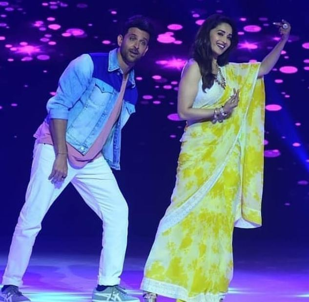 hrithik madhuri dance deewane 2 moves
