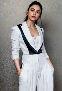 Rakul Preet Singh to play Lead in Mayday starring Ajay Devgn, Amitabh Bachchan